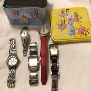Accessories - Watch pack set.